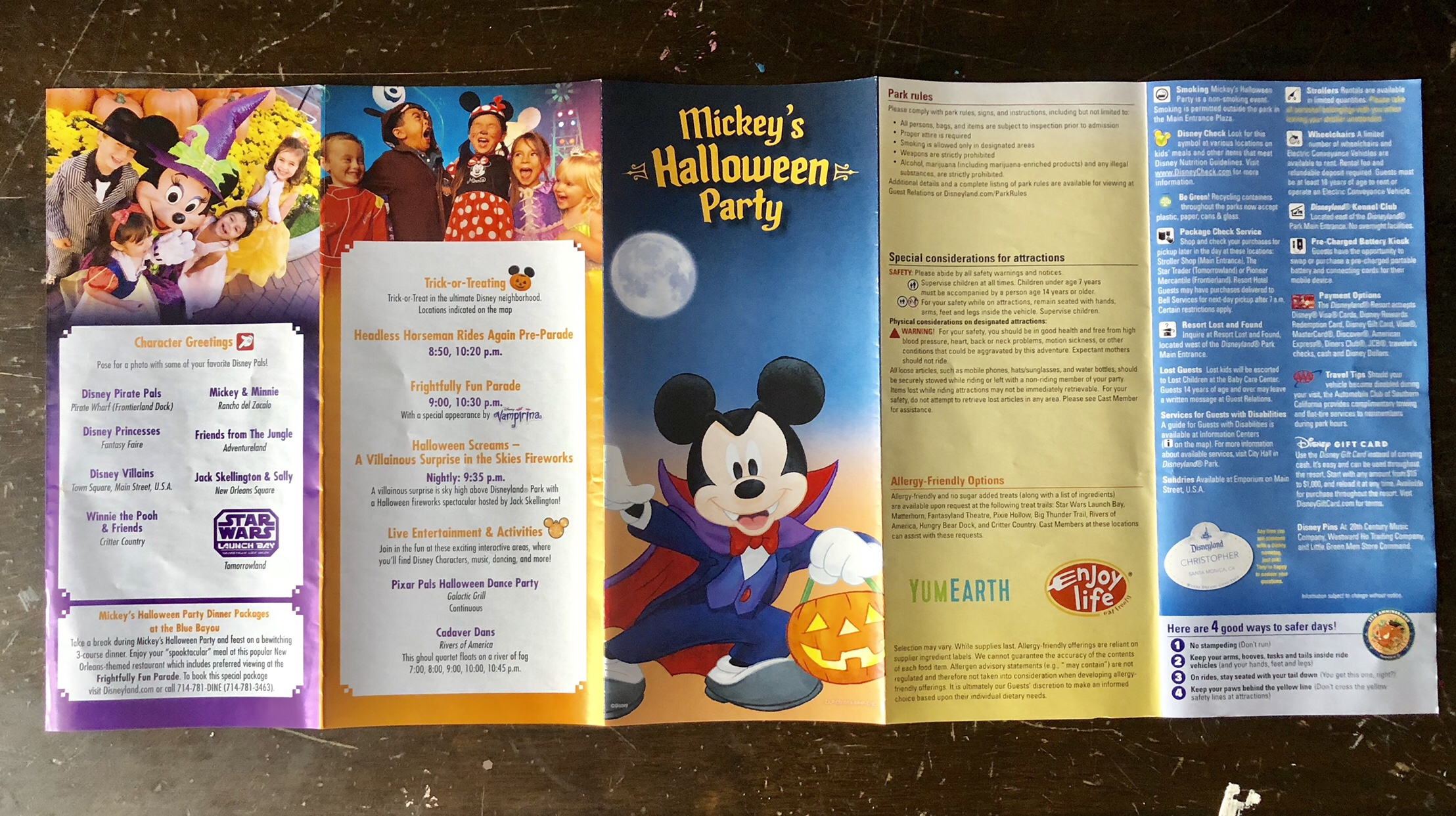 your guide to mickey's halloween party and halloween time at